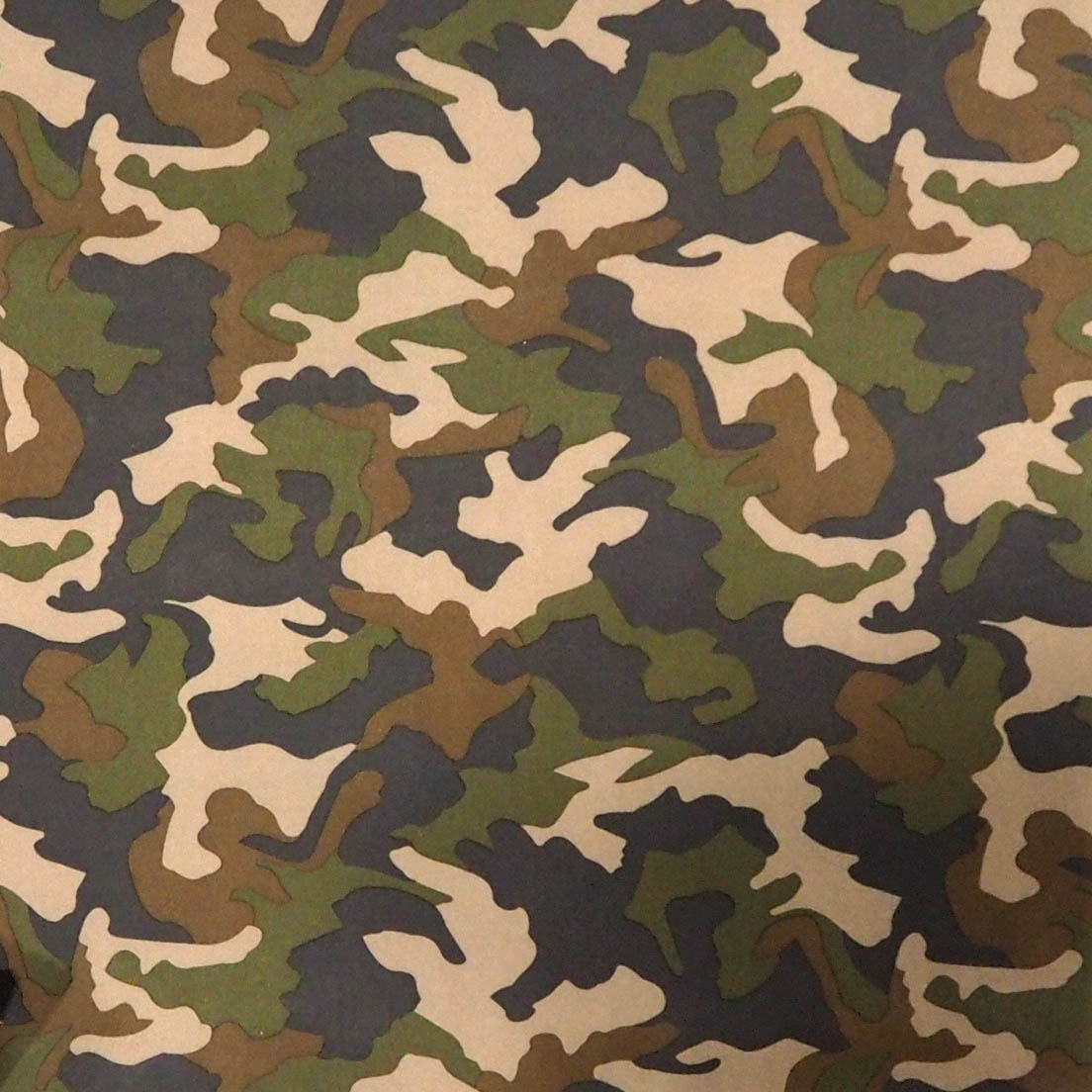 Camo Moro Green Tkanina poliestrowa z białą membraną